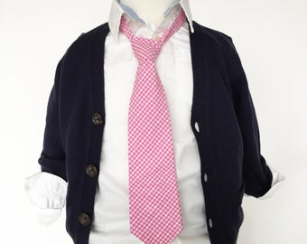 Pink Gingham Necktie   Boys