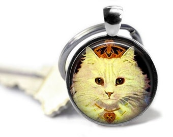 White cat keychain, kitty heart keyring, tiara key chain, vintage feline key ring, Valentines Day gift for her.