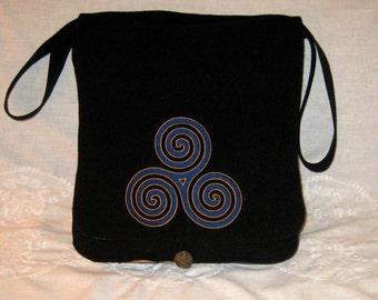 Celtic Triscal Haversack  - wool and silk