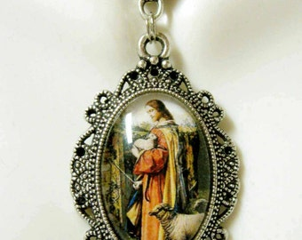 Christ the good shepherd pendant with chain - AP04-191