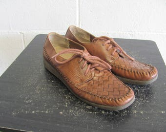 Vintage Brown Granny lace up Oxfords ~ Woven leather ~ Hipster oxfords Comfy Shoes Size 7 N