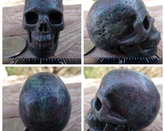 "2.0"" 4.3oz 122.9g Garnet in Matrix Skull Realistic Crystal Healing Magick Metaphysical Mystic Reiki Wicca Large 2 inch Green Red SK1410"