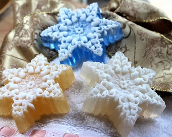 Christmas Soap, Snowflake Soap, Christmas Favor Soaps, Holiday Gift, Stocking Stuffers, Christmas Guest Party Soap, Holiday Party Favors