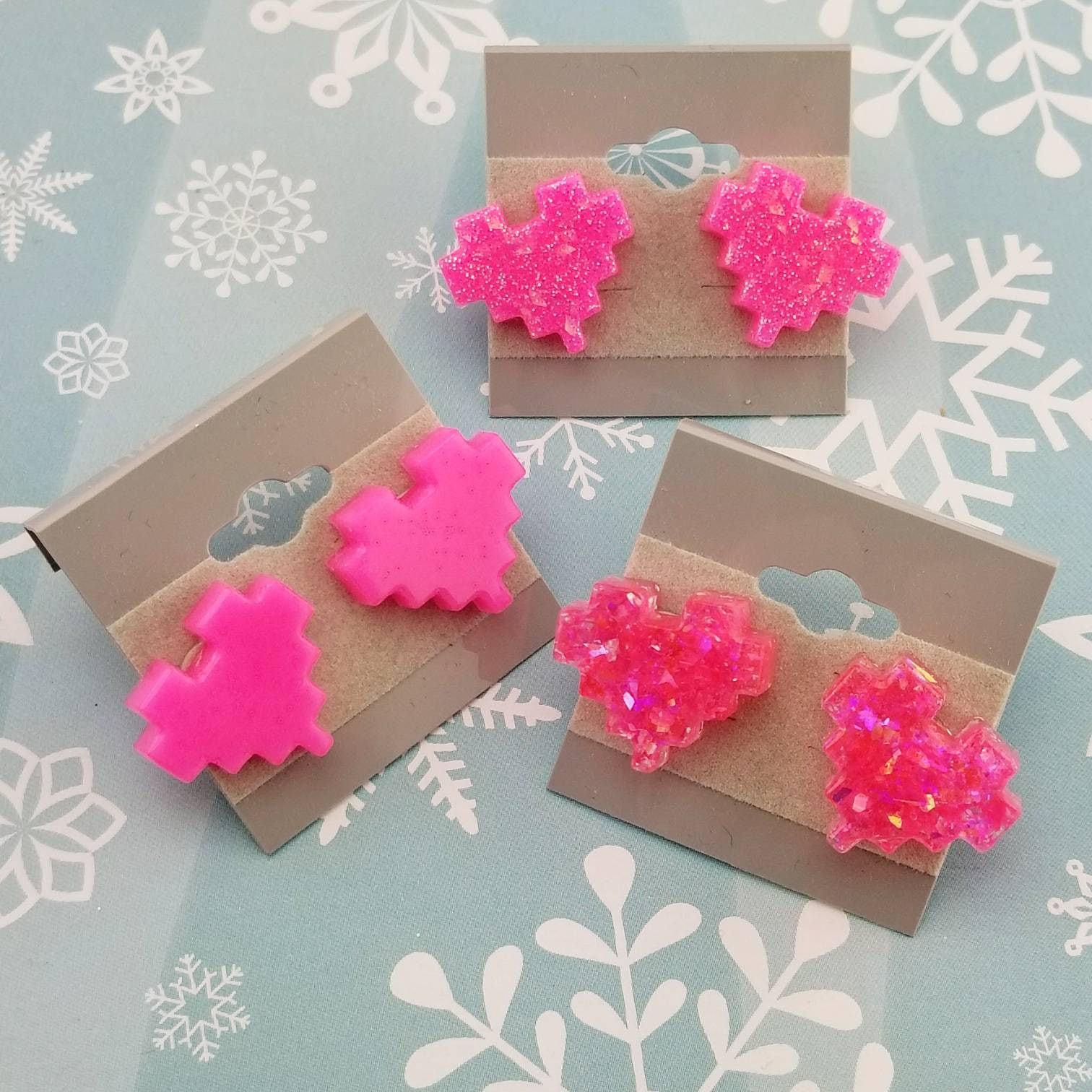 Kawaii Hot Pink Pixel Heart Gamer Girl Earrings