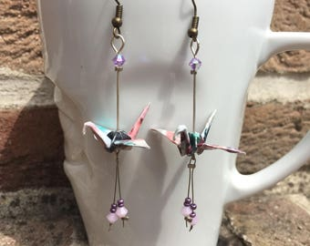 Origami paper cranes and their earrings pink Swarovski pearls
