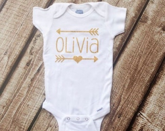 Personalized arrow onesie - custom heart arrow bodysuit - monogram - initial - monogrammed arrow onesie - baby girl - baby boy