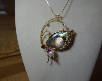 Labradorite pendant (Butterfly-2), wire jewelry