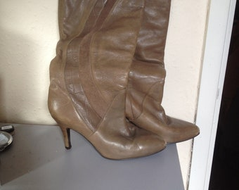 Vintage 1980's Light Brown Leather & Suede Kitten Heel Boots Pointed Toe