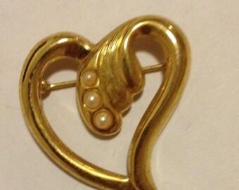 Vintage Heart Shaped Pearled metal Brooch