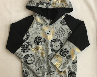 Sweater scalable lion gold