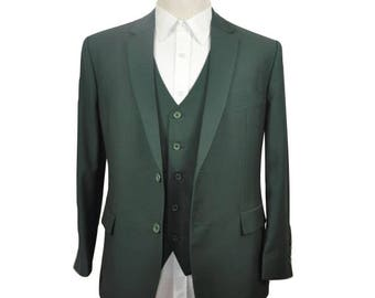 Wedding Suit in Green with Paisley Lining