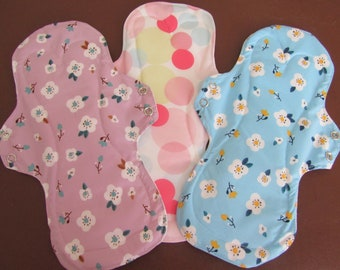 Pack of 3 - Women's Incontinence / CSP / Menstral pads -  Medium to heavy protection - Reusable