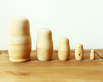 DIY Nesting Russian Matryoshka Dolls 5 Pieces - Unpainted - Ready To Ship