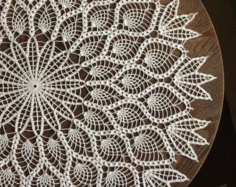 Large Vintage Pineapple Doily - White