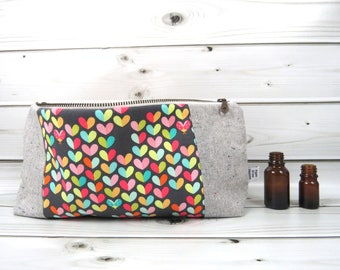Large Essential Oil Case - Love Bug - 22 bottles - cosmetic bag zipper pouch essential oil bag clutch