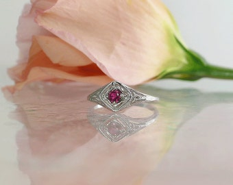 Ruby Ring, Ruby Sterling Ring, Ruby Silver Ring, Dainty Ruby Ring, Antique Style Ring, Natural Ruby Ring, July Birthstone Ring,