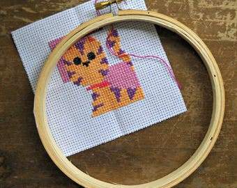 """5"""" Round Wooden Embroidery Hoop, by the Westex Corporation, Cross Stitch Hoop"""
