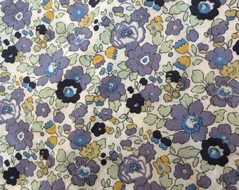Liberty fabric Liberty, Liberty BETSY, Liberty Betsy fabric, BETSY VERVAIN, printed Liberty Betsy grey, Betsy green, fabric, sewing