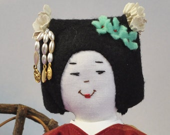 Japanese Geisha doll in a kimono and obi sash - Cloth doll - Geisha wig with hair ornaments - birthday or Mothers day gift - show and tell