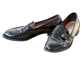 KURT GEIGER Ladies Black Loafers Shoes, Black walking shoes, Black Leather Loafers, Black Patent Leather Loafers Size Euro 40