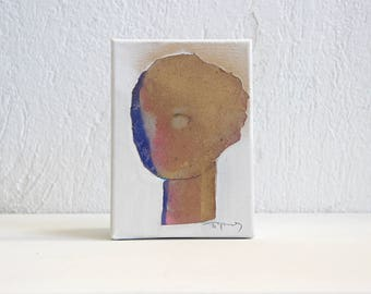 Abstract Girl Portrait, Small Painting on Canvas, Tiny Wall Art in  5x7 / 13x18, Gift for Her, Gold Artwork