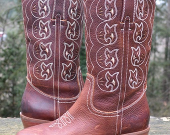 Western, Boot, Size 9.5M - New NICOLE brown leather tooled/cut out/top stitched Western style cowgirl