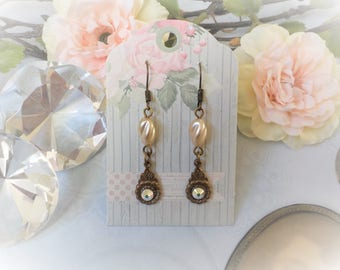 Victorian earrings Pearl and bronze Pearl