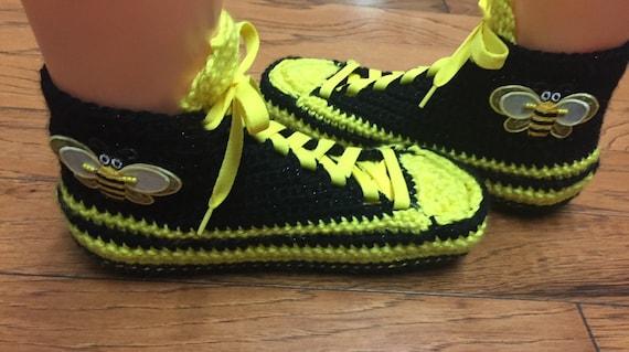yellow black shoe slippers sneakers slippers 242 tennis bee slippers slippers sneaker 709 bumblebee Crocheted WOmens bee sneakers bumblebee wzPvSn