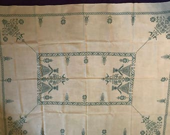 Antique Embroidered Linen Tablecloth and Napkin Set