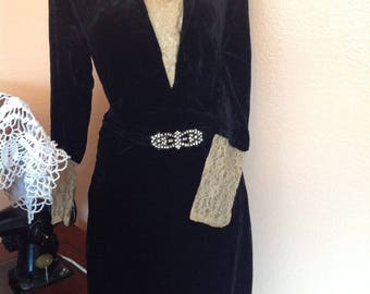 Antique 1920s 30s velvet evening dress size M