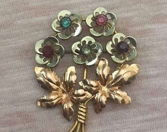 Van Dell Gold filled Flower pin  5 flower bunch  rhinestones