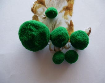 6 PomPoms varying sizes of green for decorating and crafting