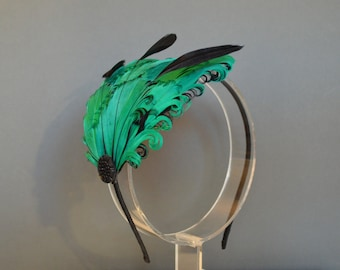 Green and Black Feather Headband Fascinator Burlesque Wedding Bridesmaids Hair Accessory Curled Feathers 'Delilah'