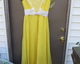70s boho hippie prairie yellow maxi dress with  victorian style  eyelet lace apron top and back ruffled skirt