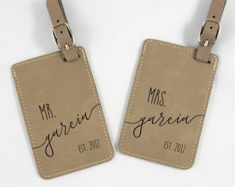 Mr and Mrs Personalized Luggage Tag - Leatherette Bag Tag - Custom Wedding Gift - His & Hers Luggage Tags - Anniversary Gift - Shower Gift