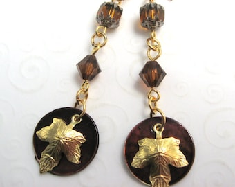 Brown Maple Leaf Earrings, Mussel Shell Dangle Earrings, Fall Leaves Jewelry, Autumn Leaf Earrings, Fall Fashion Jewelry