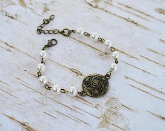 SALE - PICK Your Color Vintage Style Bracelet, Brass Charm Pearls Bracelet, Antique Bronze Bracelet