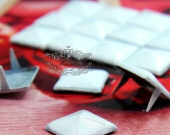 50/100/200 PCS X 9mm / 12mm White Rivet Pyramid Rivets Studs Metal Matte Finish Square studs Phone Case Deco Leathercraft  Jean Button SD.W