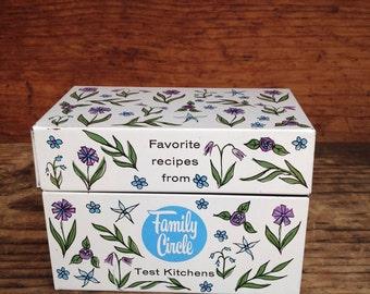 Vintage Tin Recipe Box, Family Circle Favorite Recipes, Vintage Kitchen,Decor, Metal 3x5 Card File, Decorative Metal Box, 1950s or 60s, Chic