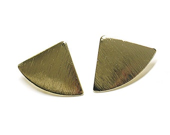 Triangle Earring / Sanding Gold Plated Brass / Surgical stainless steel Post / 2pcs / mo27