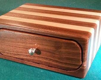 Walnut/Birch plywood Bandsaw box