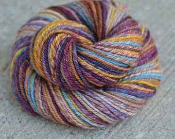 Vintage Books - Bluefaced Leicester (BFL) n-ply/chain-ply handspun yarn - aran weight, 106 yards