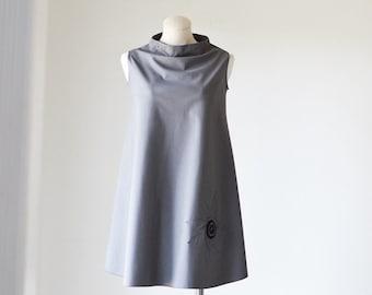 Gray Swing  Dress w/ Flower appliqué /Spring Dress/Wedding Guest Dress