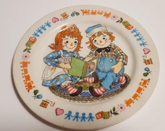 1969 Raggedy Ann and Andy plate