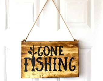 Handmade Reclaimed Recycled Wooden pallet sign Gone Fishing