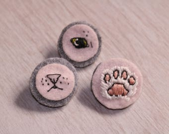Set of 3 cat pins. Cats' paw, nose and eye