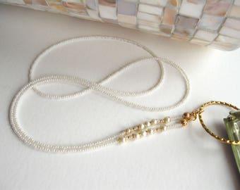 Pearl Glasses Lanyard, Glasses Holder, Eyeglass Lanyard, Ivory Pearl Lanyard, Glasses Holder Necklace, Reading Glasses Chain, Eyeglass Chain