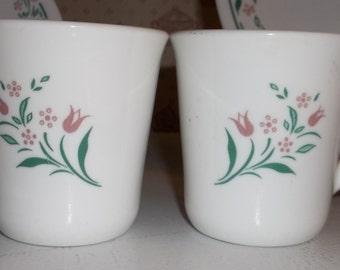 2 CORNING CORELLE ROSEMARIE Tulip Pattern Coffee Tea Cups Mugs