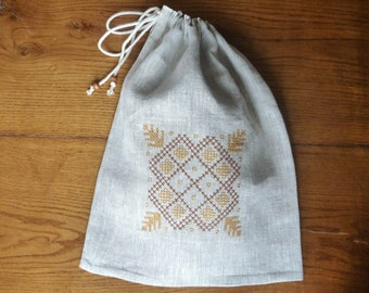 Linen reusable bread bag, Bread keeper, Embroidered bag, Linen drawstring bag, Rustic bread bag.