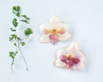 Phalenopsis romantic  brooch- Real flower in resin - White & purple orchid accessories - bridal accessory -nature +jewelry